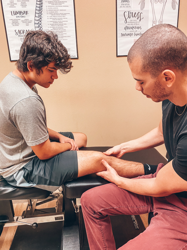 Chiropractic Care for Arm and Leg Pain in Orlando FL